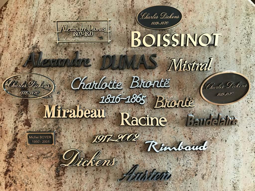 Gravures Et Lettres En Bronze Ou En Aluminium Marbrerie Gallien